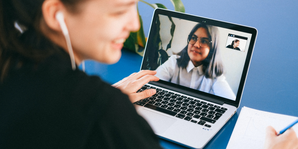 Connect_with_friends_to_get_the_most_out_of_online_learning