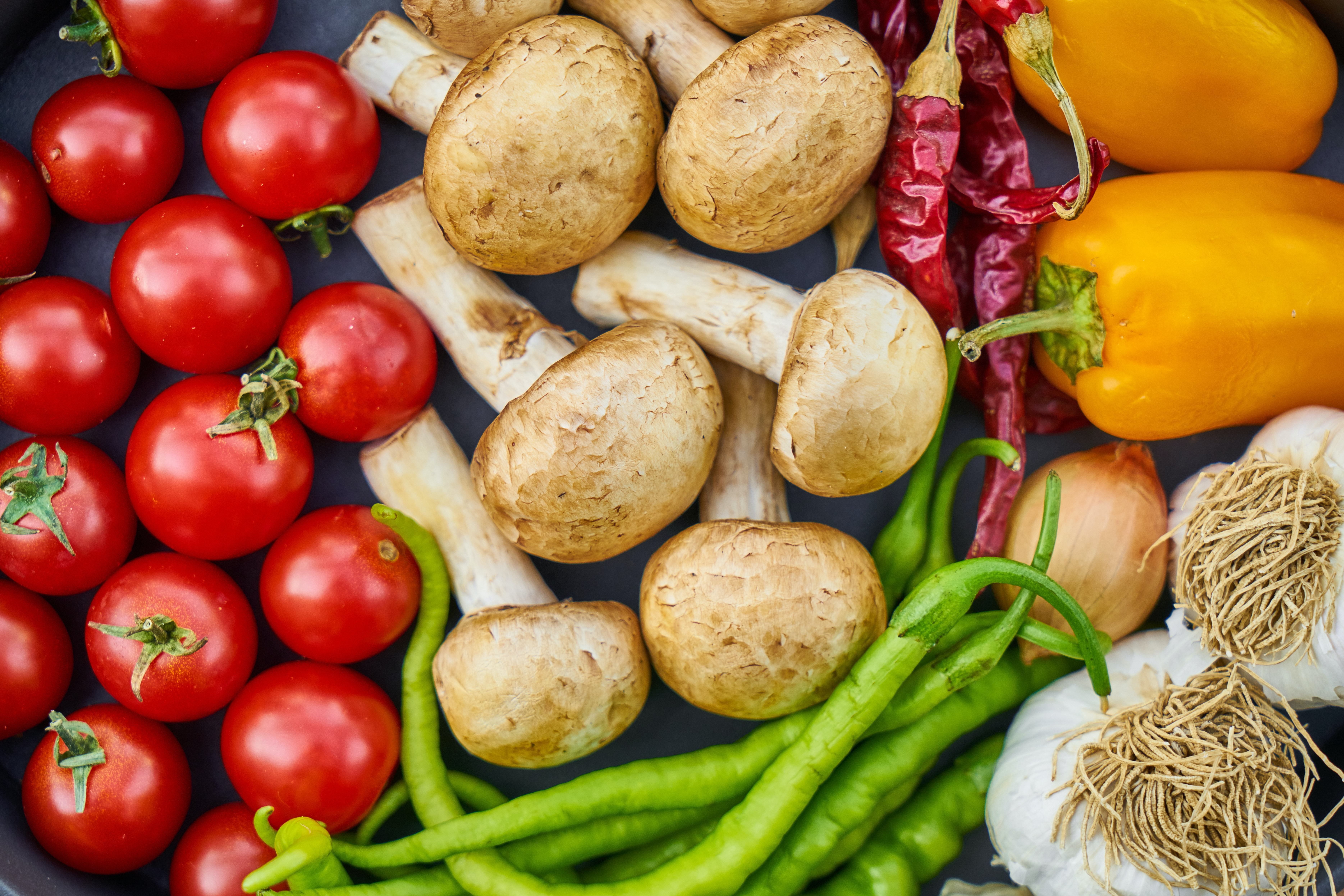 flat-lay-photography-of-variety-of-vegetables-1435904 (1)